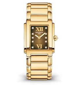 <strong>Ref. 4907/1J</strong><br>Reloj 10° aniversario de la colección<br><em>2009</em>