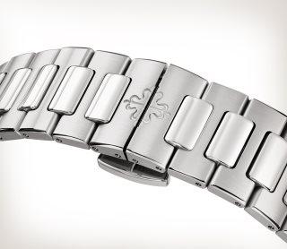 Patek Philippe Nautilus Мод. 7118/1A-001 Нержавеющая сталь - Aртистический