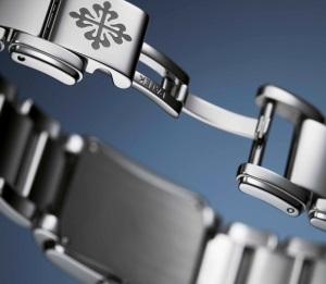 Patek Philippe Twenty~4 Ref. 4910/1200A-001 Stainless Steel - Artistic