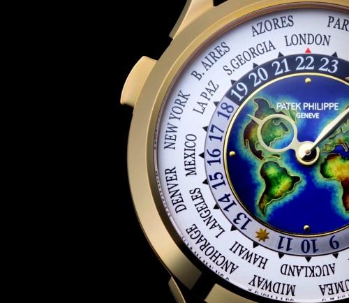 Patek Philippe 复杂功能时计 Ref. 5231J-001 黄金款式